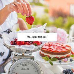Mansikkakakku - Leivonta - Annin Uunissa Chocolate Fondue, Food And Drink, Drinks, Desserts, Cakes, Bite Size, Bebe, Drinking, Tailgate Desserts