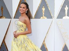Alicia Vikander's Oscar dress: More Disney princess than style icon
