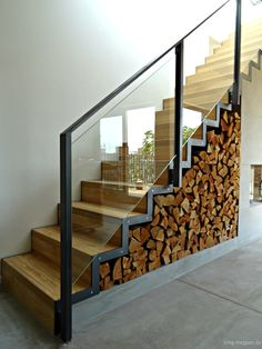 Wangentreppe WAT 3700 SMG Treppen Wangentreppe WAT 3700 SMG Treppen The post Wangentreppe WAT 3700 appeared first on Landhaus ideen. Styling Bookshelves, Built In Bookcase, Fireplace Shelves, Fireplace Design, Modern Staircase, Staircase Design, Staircase Ideas, Amazing Architecture, Architecture Details