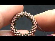 Beaded Cuff Bracelet, Beaded Rings, Beaded Jewelry, Handmade Jewelry, Making Bracelets With Beads, Jewelry Making, Jewelry Patterns, Beading Patterns, Beading Tutorials