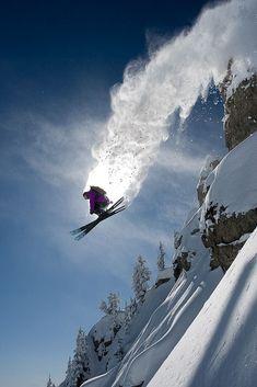 photos of Utah that will make you want to ski right NOW WOW! Skiing in Utah would be incredible! Here are 35 photos of Utah that will make you want to ski right NOWWOW! Skiing in Utah would be incredible! Here are 35 photos of Utah that will make you w Alpine Skiing, Snow Skiing, Wallpaper Cross, Ski Extreme, Ski Et Snowboard, Ski Season, Winter Fun, Winter Holiday, Winter Snow
