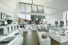 http://roomed.nl/wp-content/uploads/2013/06/Eye_Museumshop.jpg