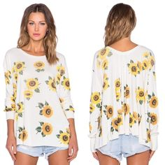 ↠NWT Wildfox Contempo Sunflower Sweatshirt↞ ↠NWT Wildfox Contempo Sunflower Sweatshirt↞  NWT. color: vintage lace. Size: small Oversized, can fit other sizes. Super soft & comfy. [r69] Wildfox Tops Sweatshirts & Hoodies