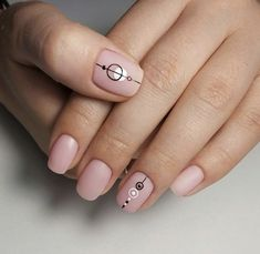 156 chic natural short sqaure nails design ideas for any occasion -page 45 > Homemytri. Aycrlic Nails, Nude Nails, Nail Manicure, Hair And Nails, Nail Art Cute, Sqaure Nails, Nagel Blog, Minimalist Nails, Creative Nails