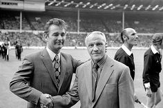 Managerial legends Brian Clough and Bill Shankly shake on it after the 1974 FA Charity Shield in Wembley.