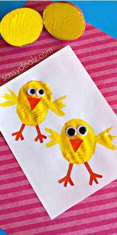 Chick Potato Stamping Craft for Kids - Crafty Morning - - Make some cute potato stamp chicks with your kids! It's a super easy and fun Easter craft that toddlers could do. Easter Crafts For Kids, Toddler Crafts, Toddler Art, Easter Ideas, Easter Activities, Craft Activities, Spring Crafts, Holiday Crafts, Thanksgiving Crafts