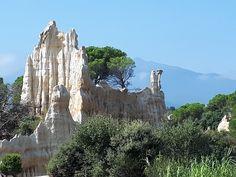 Les Orgues d Ille sur Têt Mount Rushmore, Mountains, Nature, Travel, Naturaleza, Viajes, Destinations, Traveling, Trips