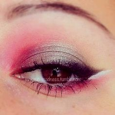 Silver and pink gorgeous makeup