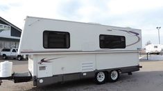Nice Super Lite 22' 2006 HILO Towlite 2206 Hard Shell PopUp Sleeps 6