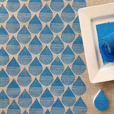 { week 22 } it's Monday, so it's #52weeksofprintmaking day! This weeks print is my version of a raindrop :: carved and blockprinted in blue ink, matching the rather overcast day we have here today Have a creative week!