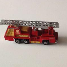 VINTAGE MATCHBOX SUPER KINGS FIRE TENDER 1972 Lesney - http://www.matchbox-lesney.com/41184