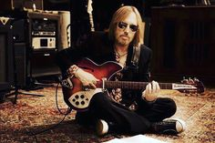 One of my all time favorites. RIP #tompetty So much guitar groove. She grew up in an Indiana town had a good lookin mama who never was around. #music
