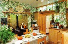 67 Potential Home Decor Kitchen Plants - 2019 Decor Ideas Herb Garden In Kitchen, Kitchen Plants, Home Decor Kitchen, Chandeliers, Window Plants, Hanging Plants, Potted Plants, Apartment Plants, Apartment Living