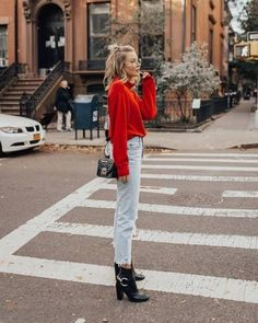 We think we need a brushstroke of red in our winter look Red Sweater Outfit, Pullover Outfit, Black Jeans Outfit, Cozy Fashion, Fashion Looks, Fashion Outfits, Women's Fashion, Fashion Trends, Chic Fashionista