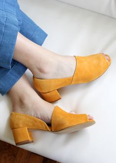 Shop the best comfortable heels right now, including low-heel sandals, flatforms, wedges, and block-heel shoes. Prom Shoes, Women's Shoes, Me Too Shoes, Shoe Boots, Yellow Shoes Heels, Fall Shoes, Winter Shoes, Converse Shoes, Yellow Shoes Outfit