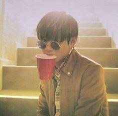 Read Taehyung ♡ Pictures from the story BTS Imagines by lilacmingi ([ 𝐻 ]) with reads. Taehyung Selca, Jimin, Bts Bangtan Boy, Bts Boys, Namjoon, Daegu, V Bts Wallpaper, Wattpad, Kpop