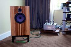 Line Magnetic 300B amplifier + John Devore O/96 loudspeaker