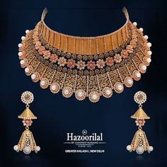 Hazoorilal is one of the leading wedding jewellers having got a huge reputation for providing the best ever wedding jewellery in Delhi, which is crafted with care by experts if wedding jewellery. Gold Bangles Design, Gold Jewellery Design, Diamond Jewellery, Hazoorilal Jewellers, Buy Gold Jewellery Online, Jewelry Design Earrings, Women's Jewelry, Necklace Designs, Jewellery Showroom