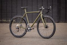BESPOKE BUILDS - SPEEDVAGEN CX DISC || via Embrocation Cycling Journal