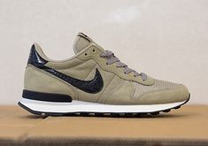 Nike Internationalist Black Bamboo > still on my wishlist....