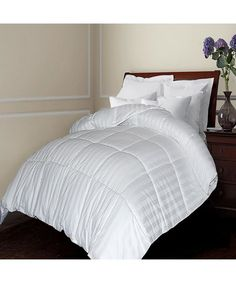 BlueRidge : 500 TC Damask Stripe Cotton Cover Siberian White Down Comforter Twin : style # 341997101
