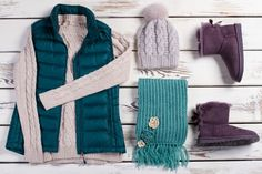 10 metode sa rezisti mai usor in frig si sa eviti imbolnavirea Winter Colors, Padded Jacket, Winter Shoes, Classic Looks, Latest Fashion Trends, Beautiful Outfits, Outfit Of The Day, Winter Outfits, Vest