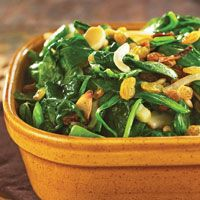 Stir-Fried Spinach with Pine Nuts & Raisins #HEBHolidayMeal