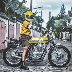"""YAMAMI"" XS400 owned by @faris_juniarso. Found via @tolekobra @tjapmacan @ridersandrules. #yamaha #xs400 #tracker #streettracker #vintagebike #custombike"
