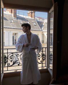 mornings in paris Manu Rios, Boy Pictures, Perfect People, Tumblr Boys, Paris, Male Face, Boyfriend Material, Barbie Clothes, Pretty Boys