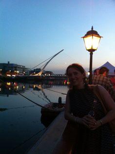 Friday drinks in Dublin! Friday Drinking, Dublin, Summer Fun, Opera House, Louvre, Drinks, Building, Travel, Drinking