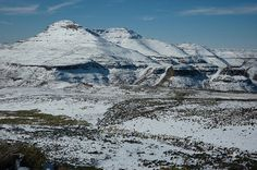 Snowy Maluti mountains in Lesotho. Photo credit: Max Norton.