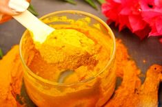 DIY Turmeric Face Mask to Treat Acne, Wrinkles, Scars and Dark Circles DIY turmeric mask for wrinkles scars dark circles Face Scrub Homemade, Homemade Face Masks, Diy Face Mask, Homemade Moisturizer, Diy Turmeric Face Mask, Honey Face Mask, Tumeric Face, Lotion, How To Treat Acne