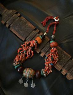 BERBER KETTING, Tagmout ketting, ketting van Berber koraal, etnische sieraden, Berber zilver, Afrikaanse sieraden, Afrikaanse ketting