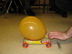 Balloon Powered Car Science Project- Cinderella's Carriage Science Geek, Stem Science, Weird Science, Science Fair Projects, Preschool Science, Science Experiments Kids, Science Classroom, Science For Kids, Balloon Powered Car