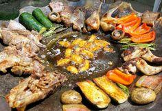 Tárcsán sült húsok és zöldségek