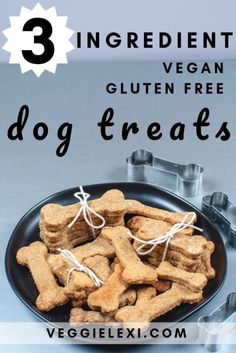 Peanut Butter Banana Oat Dog Treats that are Vegan and Gluten Free! Click Throug. Peanut Butter Banana Oat Dog Treats that are Vegan and Gluten Free! Click Through for the Recipe or Save to Try Later! Dog Treat Recipes, Healthy Dog Treats, Dog Food Recipes, Doggie Treats, Dog Biscuit Recipes, Peanut Butter Banana Oats, Peanut Butter Dog Treats, Homemade Dog Cookies, Homemade Dog Food