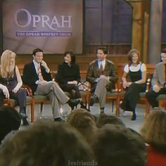 Friends Scenes, Friends Tv Show, Oprah, Pretty People, Tv Shows, Funny Pictures, Cinema, Lol, Memes