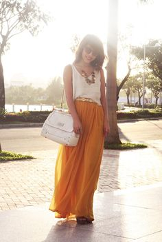 flowing high waist skirt + loose tank