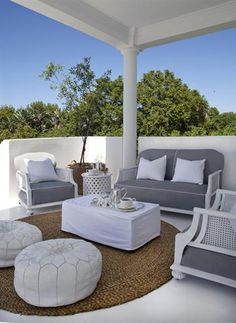 6 clever ideas for outdoor living spaces Outdoor Furniture Sets, Outdoor Table Covers, Decor, Home, Outdoor Space, Living Spaces, Outdoor Living Space, Home Styles, Beautiful Living Rooms
