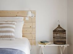 bedroom: Quartos translation missing: pt.style.quartos.minimalista por Home Staging Factory