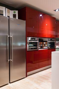 Cocinas Exterior Design, Interior And Exterior, Kitchen Gadgets, Kitchen Appliances, Cocinas Kitchen, French Door Refrigerator, Kitchen Ideas, Bathrooms, Kitchens