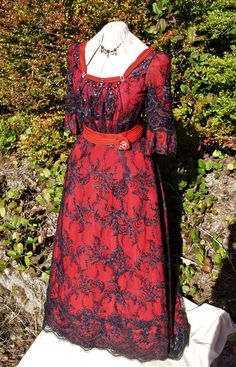 Evening Gowns, Dresses With Sleeves, Costumes, Long Sleeve, Fashion, Evening Gowns Dresses, Moda, Evening Dresses, Robes De Soiree