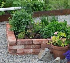 Urban Gardening, pin suggestion 6918497010 for the truly wonderful Garden, post design 6918497010 for the beautiful garden. Brick Garden, Terrace Garden, Cottage Garden Design, Diy Garden Decor, Garden Decorations, Dream Garden, Garden Planning, Garden Projects, Garden Inspiration