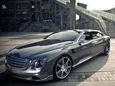 Mercedes-Benz F70 design project. Was this car penned by the same person as the Audi A9?