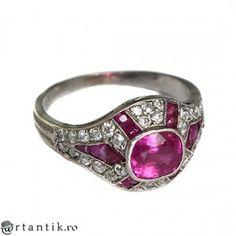 rafinat inel Art Deco din platina - rubine & diamante - cca 1920 Franta Vintage Antiques, Heart Ring, Art Deco, Rings, Jewelry, Diamond, Jewlery, Jewerly, Ring