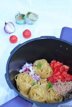 one pot meals beef / one pot meals . one pot meals healthy . one pot meals easy . one pot meals chicken . one pot meals vegetarian . one pot meals beef . one pot meals pasta . one pot meals crockpot Healthy One Pot Meals, Easy One Pot Meals, Healthy Pasta Recipes, My Recipes, Crockpot Recipes, Soup Recipes, Cooking Recipes, Healthy Soups, One Pot Spaghetti