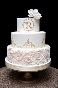 Wedding Cake - Kristen Weaver Photography