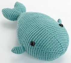 Free whale crochet pattern. I think he needs a little mouth. Otherwise...adorable!