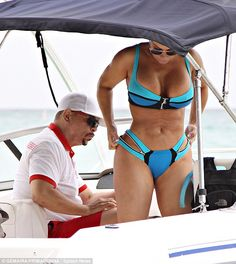 Still going strong! Ice-T checks out his wife Coco's derriere while on Caribbean holiday. Ice T And Coco, Nike Free Run 2, Urban Music, Celebs, Celebrities, Celebrity Couples, Sexy, Caribbean, String Bikinis