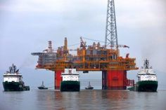 Ichthys LNG's CPF sets sail for Australia, production start revised